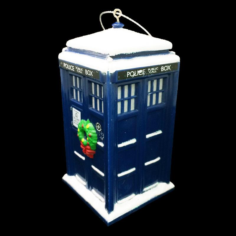Doctor Who TARDIS with Wreath Christmas Ornament - Pinz'n'Thingz