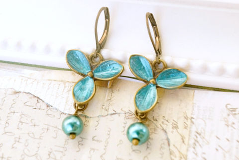 Enameled,Flower,Earrings,,Pearl,Earrings,Jewelry,Dangle,hand_enameled,flower_earrings,turquoise_earrings,pearl_earrings,faux_pearls,antique_brass,earrings,handmade_earrings,vintage_earrings,flower_jewelry,chic_earrings,turquoise_flowers,sahetah's_jewelry