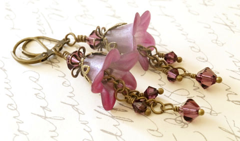 Shimmering,Purple,Lucite,Flower,Earrings,,Amethyst,Jewelry,Earrings,Dangle,lucite_flowers,flower_earrings,pink_earrings,painted_earrings,handmade_earrings,purple_earrings,acrylic_earrings,flower_jewelry,lucite_earrings,chic_earrings,gift_for_her,gift_for_mom,womens_jewelry