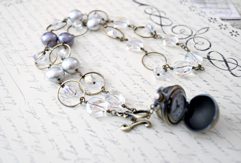 Classic Pearl Feminine Steampunk Necklace in Greys - product image