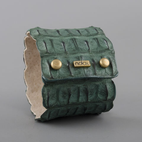 Crocodile,Backskin,Leather,Rock,Cuff,with,Double,Holster,in,Forest,Green,cuff, crocodile, croc, alligator, leather, holster, stud, exotic, wrap, ndau, ndau collection, victoria falls, zimbabwe, africa, jewelry, jewellery