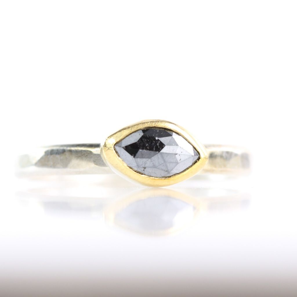 Black Band Green Jewel Ring