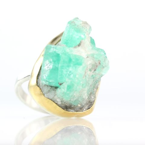 Emerald,Crystal,Specimen,Ring,natural crystal jewelry, handmade raw crystal jewelry, unique handcrafted jewelry, handcrafted artisan jewelry, unique gemstone jewelry, unique stone jewelry, emerald crystal specimen ring, emerald specimen ring, emerald ring, emerald crystal ring, handma