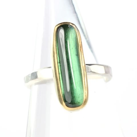 Green,Tourmaline,Ring,green tourmaline ring, green tourmaline cabochon ring, elongated oval cabochon ring, elongated oval tourmaline ring, elongated oval green tourmaline ring, tourmaline jewelry, handmade tourmaline jewelry, handmade tourmaline ring, handmade green tourmaline
