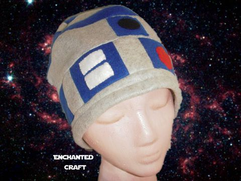 R2-D2,Fleece,Beanie,Hat-,hand,made,and,warm,for,Star,Wars,fans,hat, beanie, star wars, starwars, hand made, r2d2, r2-d2, robot, droid, fleece, science fiction, geek