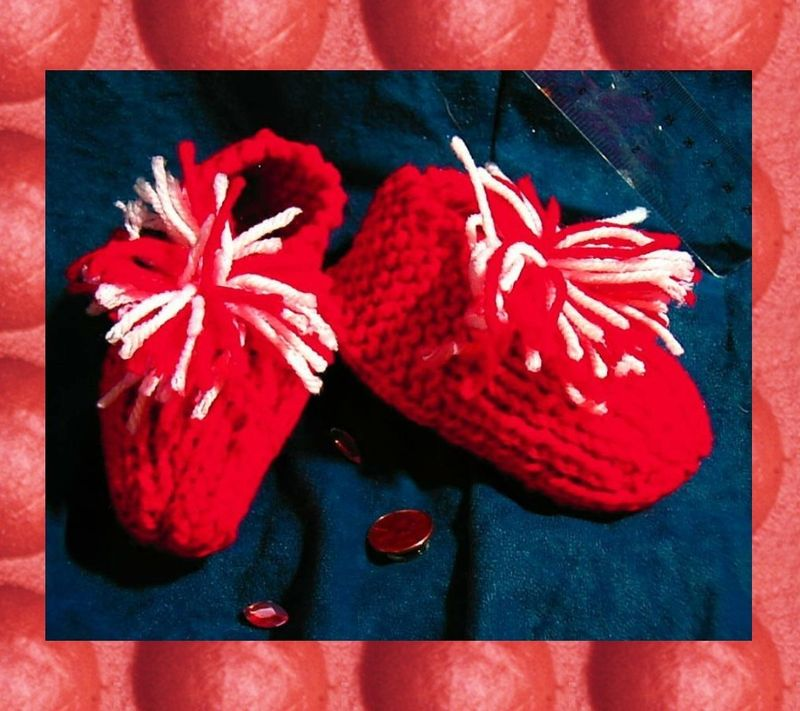 Knitted from vintage pattern red and white booties SIZE 3 perfect for VALENTINES DAY - product images  of