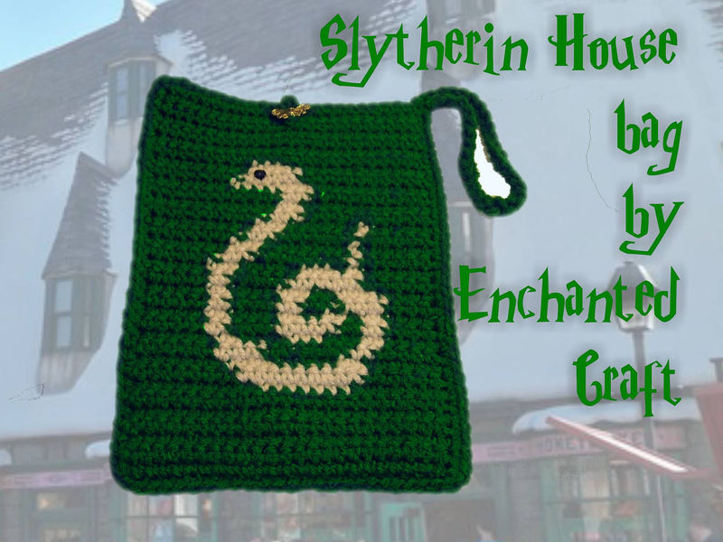 Slytherin Bag- cozy for your KINDLE 3, e-reader, nook or use it as a wristlet - product images  of