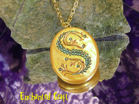 Salazar,Slytherin's,Locket,Horocrux,OPENS,from,the,book,cover,Geekery,Fantasy,Wizard,jewelry,necklace,harry_potter,deathly_hallows,slytherin,locket,horocrux,lord_voldemort,cosplay,wizard,snake,slytherin_pendant,onfire,polymer_clay,glass_beads,brass,jewelers_bronze,pearlex,chain