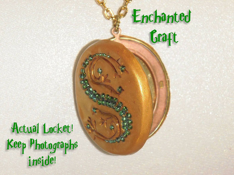 Salazar Slytherin's Locket Horocrux OPENS from the book cover - product images  of