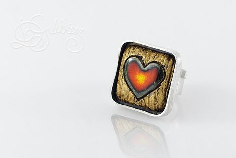 Cuore,|,SILVER,Square,RING,With,CERAMIC,Silver Square Ring, ceramic heart ring, bespoke handmade jewellery