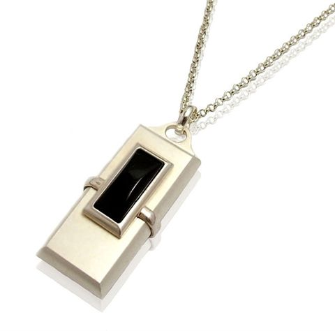 LUXDRIVE,P16,|,USB,Pendant,With,Onyx,USB Drive, Pendant With Onyx, ACCESSORIES