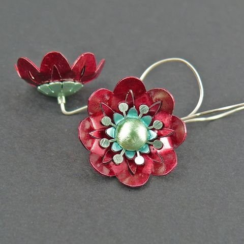 Red,Poppies,SILVER,ALUMINIUM,EARRINGS,Silver Poppies Earrings, aluminium earrings, unique jewellery united kingdom