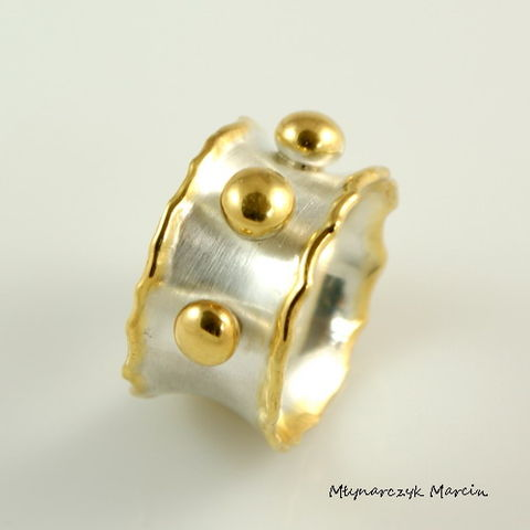 Spheres,|,Silver,&,Gold,Plated,Band,Ring,Silver And Gold Plated Band Ring, Silver Jewellery