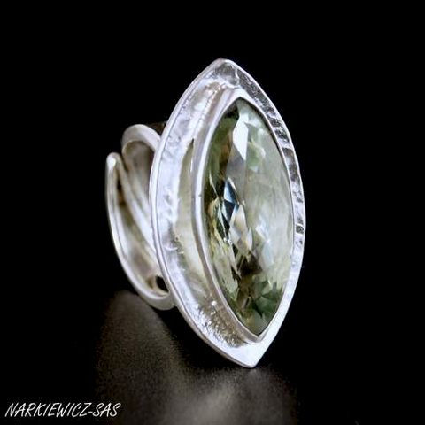 Green,Spindle,|,SILVER,Ring,With,Amethyst,Green Spindle Silver Ring With Amethyst, handmade jewellery