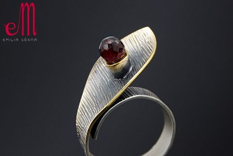 Solo,III,|,SILVER,Ring,With,Garnet,SILVER Ring With Garnet, silver unique jewellery