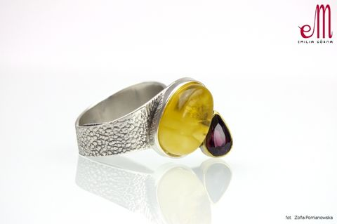 Duet,IV,|,SILVER,Ring,With,Amber,And,Garnet,SILVER Ring With Amber, amber jewellery