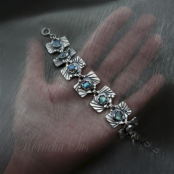 Behind The Curtain Of Eyelashes | SILVER LABRADORITE BRACELET  - product images  of