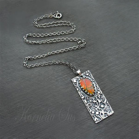Fiery,Creepers,|,SILVER,PENDANT,With,AMMOLITE,Silver Pendant With Ammolite, luxury silver jewellery