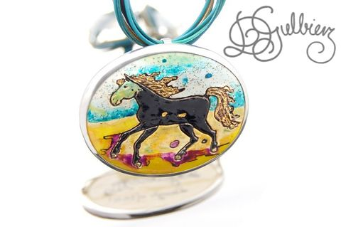 A,Horse,With,No,Name,|,SILVER,PENDANT,BROOCH,CERAMIC,Ceramic Horse Pendant, silver brooch, bespoke luxury jewellery
