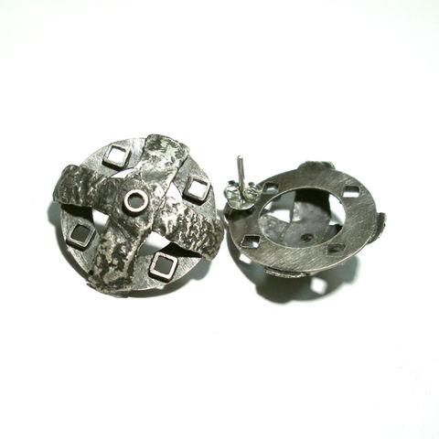 Yave,|,SILVER,CROSS,STUD,EARRINGS,Silver Stud Earrings, cross earrings, norman man jewellery