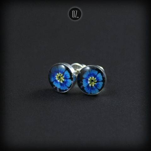 Mini,Iris,Light,Blue,|,SILVER,STUDS,EARRINGS,Silver Studs Earrings, resin studs, handmade jewellery