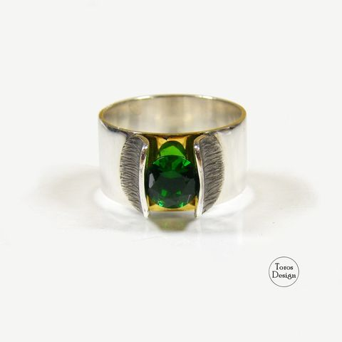 WIDE,RING,With,Emerald,CUBIC,ZIRCONIA,Wide Ring With Emerald Cubic Zirconia, handmade jewellery london