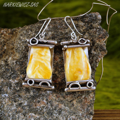 The,Papyri,|,SILVER,AMBER,DANGLE,EARRINGS,Silver Dangle Earrings, amber earrings, bespoke handmade jewellery