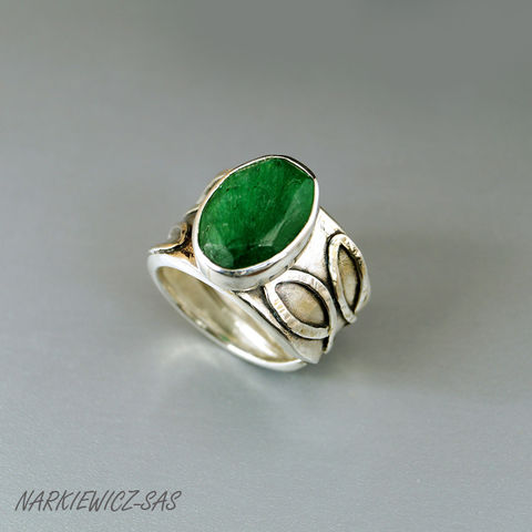 GREEN,EMERALD,&,LEAFS,SILVER,RING,Green Emerald Ring, silver statement ring, boho jewellery store