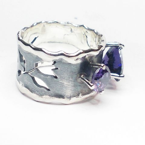 SILVER,AMETHYST,BAND,RING,Silver Amethyst Band Ring