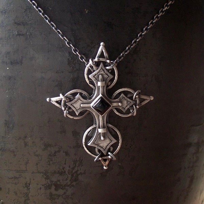 CELTIC CROSS SILVER ONYX PENDANT