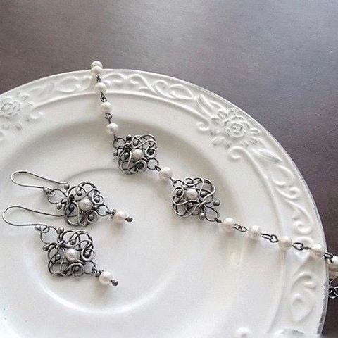 Snowy,II,|,Silver,&,Pearl,Bridal,Jewellery,Set,Bridal Jewellery, pearl jewellery set, silver bridal jewellery store London
