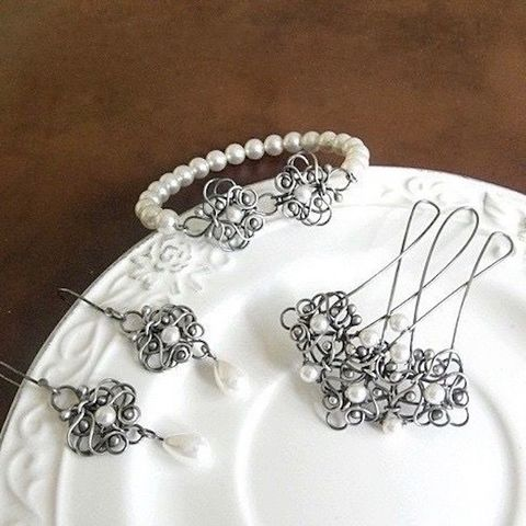 Snowy,Bridal,Jewellery,Set,Bridal Jewellery Set, pearl jewellery, silver bridal jewellery store London