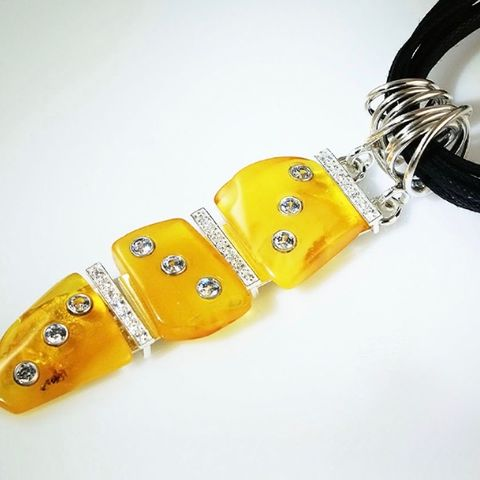 AMBER,Fury,|,SILVER,PENDANT,With,ZIRCONS,Amber Silver Pendant, zircon pendant, silver jewellery store