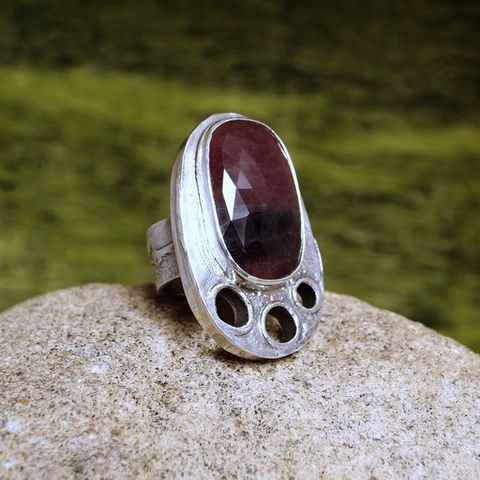 HOLES,AND,ROSE,SAPPHIRE,SILVER,Ring,Rose Sapphire Ring, silver jewellery shop London