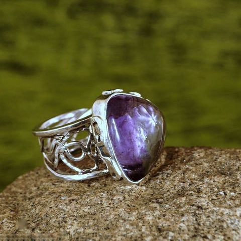 AMETHYST,TRIANGLE,Silver,Ring,Amethyst Ring, silver solitaire ring, handmade jewellery store London