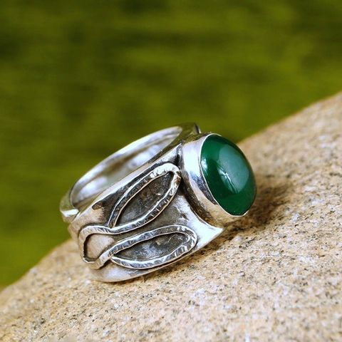 GREEN,ONYX,&,LEAFS,SILVER,RING,Green Onyx Ring, silver statement ring, bespoke handmade jewellery