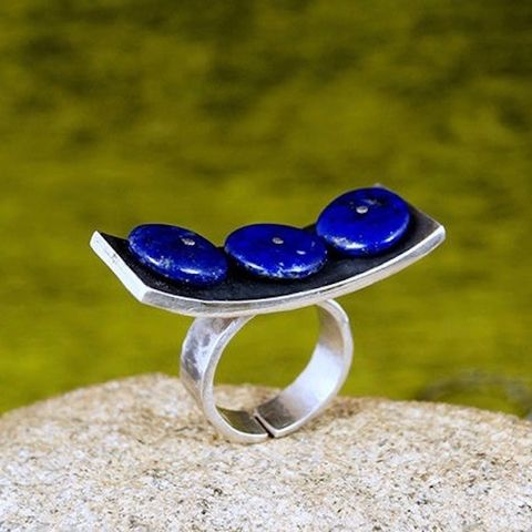 Three,In,The,Row,|,Silver,Ring,With,Lapis,Lazuli,Silver Lapis Lazuli Ring, handmade jewellery uk, bohemian blue stone ring