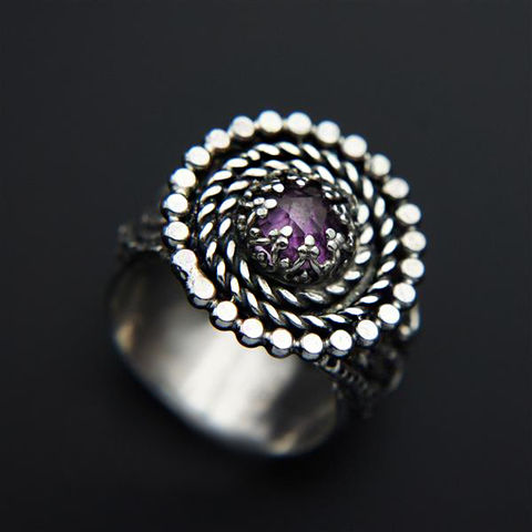 The,Source,Of,the,Dream,|,Silver,Amethyst,Ring,Amethyst Ring, silver solitaire ring, handmade jewellery store