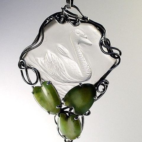 SWAN,|,SILVER,&,GEMSTONE,SCULPTURED,PENDANT,Silver & Gemstone Sculptured Pendant, luxury jewellery