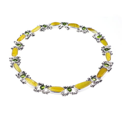 Silver,Collar,Necklace,With,Amber,&,Peridot,Silver collar necklace, amber necklace, peridot jewellery London, luxury present for her