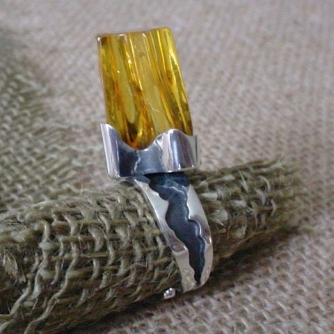 IT,|,STERLING,SILVER,AMBER,RING,Sterling Silver Ring, Amber Ring, bespoke artisan jewellery