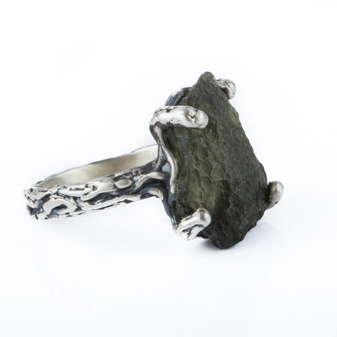 Silver,&,Moldavite,Raw,Ring,Moldavite Raw Ring, silver jewellery London, shop unique gift