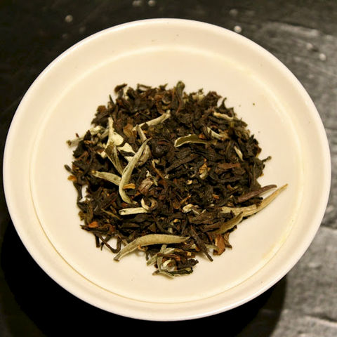 Duke,and,Duchess,(Organic),Duke & Duchess, The London Tea Room, Silver Needle, Kenyan, Darjeeling