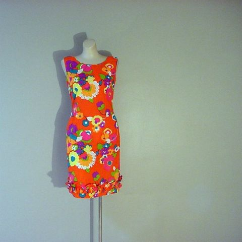 60s,70s,Alice,Tropical,Glow,Dress,34b/29w,1960s, 60s, 1970s, 70s, vintage, dress, Hawaiian, Alice, Alice of California, psychedelic, flowers, floral, curvy, ruffles, short, prettysweetvintage, sweetiepievintage, sweetie pie vintage