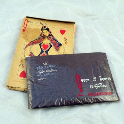 40s,Queen,of,My,Heart,Stockings,10,Vintage,Clothing,Lingerie,stockings,keyhole_welt,seams,cuban_heel,Holeproof,Queen_of_Hearts,gray,1940s,nylon,new_in_package_nip,sheer,vfg, pretty sweet vintage, sweetiepievintage, sweetie pie vintage, pleasurequeen