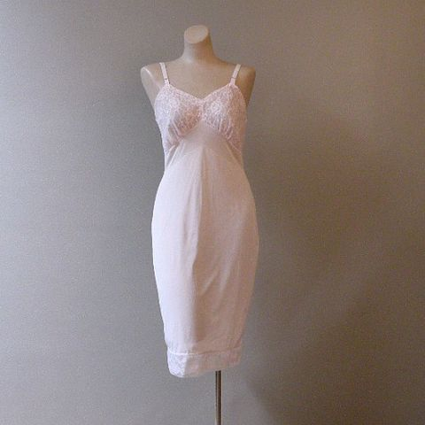 50s,Roses,in,Lace,Full,Slip,34,Vintage,Clothing,Lingerie,1950s,slip,full,pink,lace,appliques,chiffon,roses,rosebuds,vfg,nylon,rose_appliques, pretty sweet vintage, sweetiepievintage, sweetie pie vintage, pleasurequeen