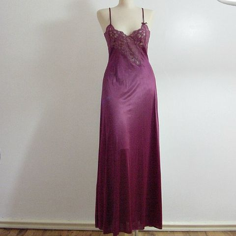 80s,Lily,of,France,Rosa,Plum,Gown,XS,Extra,Small,Vintage,Clothing,Lingerie,lily_of_france,rosa_puleo_szule,plum,gown,nightgown,romantic,lace,nylon,1970s_70s,1980s_80s,sensual,vfg, pleasurequeen, queensofbohemia