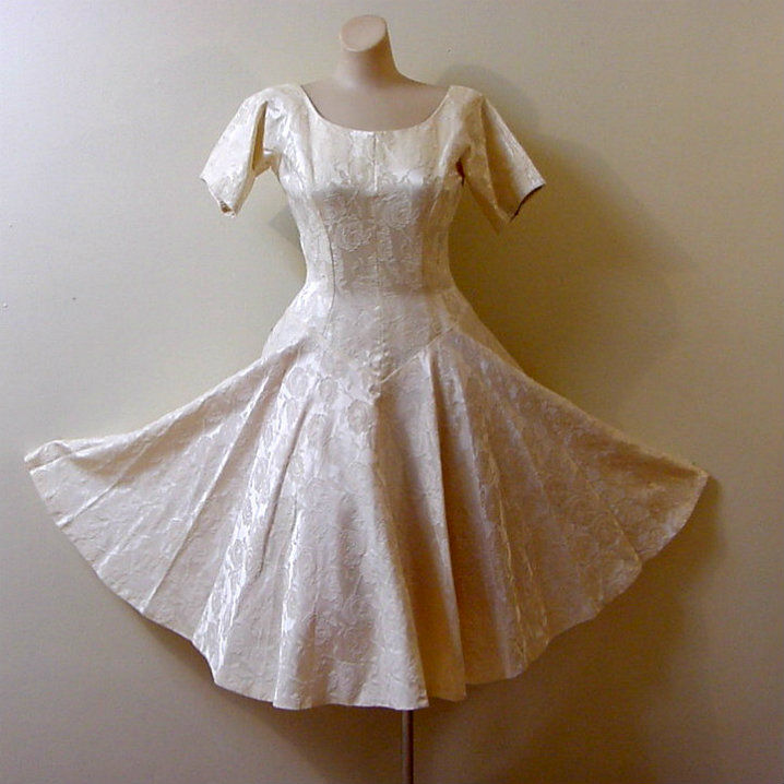 50s 60s Warm Ivory Brocade Party Dress Small - Pretty Sweet Vintage