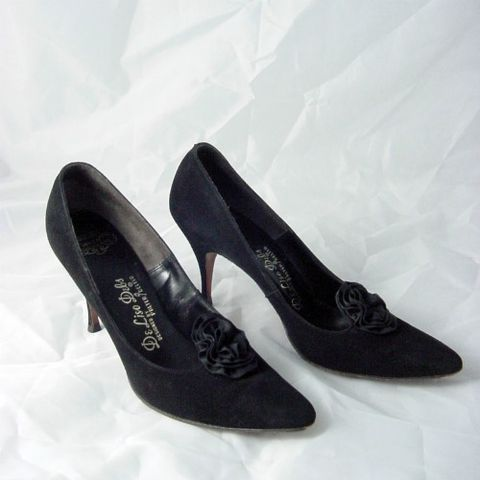 SALE!,50s,60s,Black,Suede,De,Liso,Debs,Stiletto,Shoes,7/7.5,1960s, 60s, vintage, black, suede, De Liso Debs, Palter, stiletto, shoes, 7, 7.5, 1950s, 50s, Mad Men, prettysweetvintage, sweetiepievintage, sweetie pie vintage