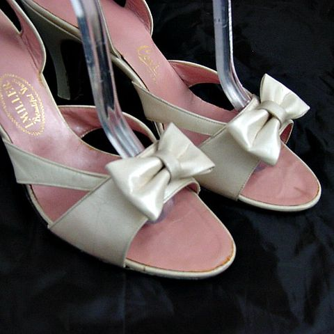 SALE!,50s,Iridescent,Pink,Cream,I,Miller,High,Heel,Bow,Shoes,7/7.5,1950s, 50s, vintage, iridescent, pink, cream, I Miller, high heels, bows, bow, party, christmas, holiday, new years eve, prettysweetvintage, sweetiepievintage, sweetie pie vintage